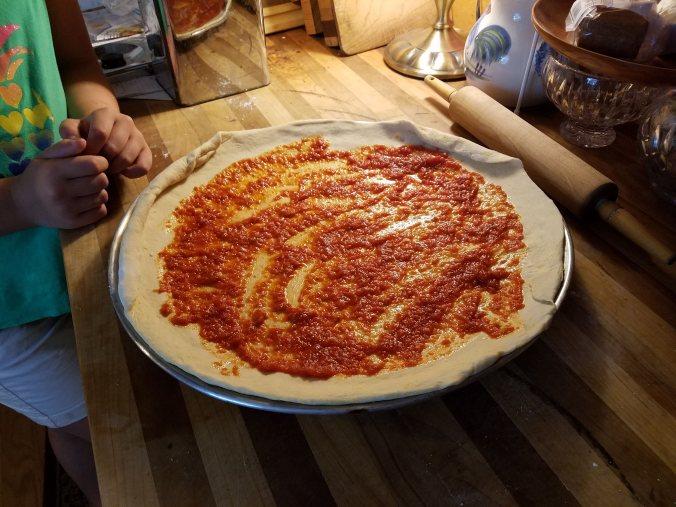 pizza pan sauce spread2