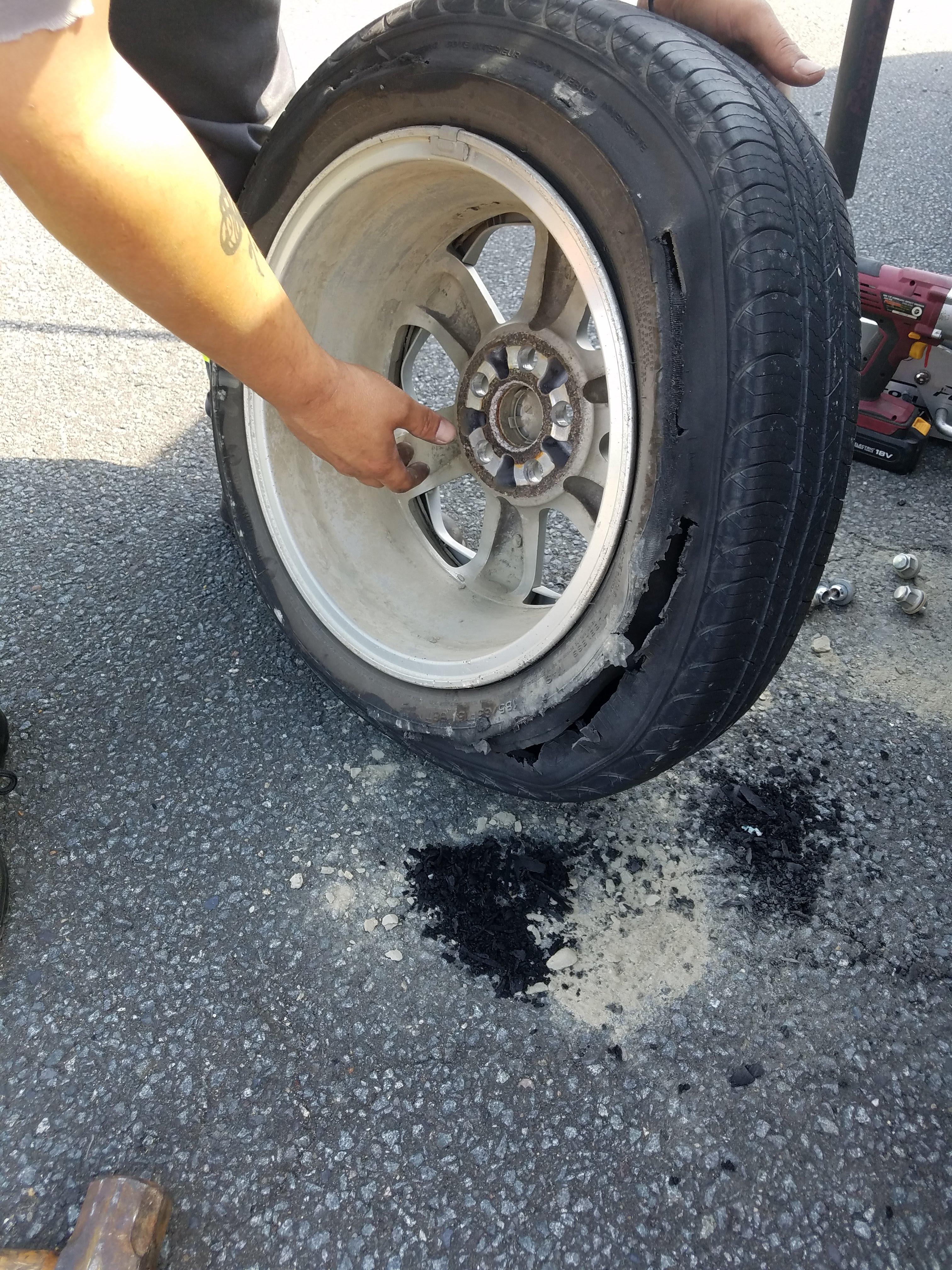 dead tire3.jpg
