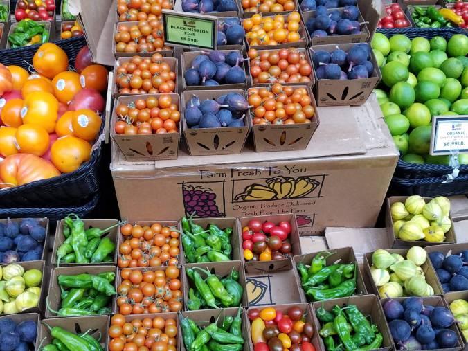 fruit at market Farm Fresh to You.jpg