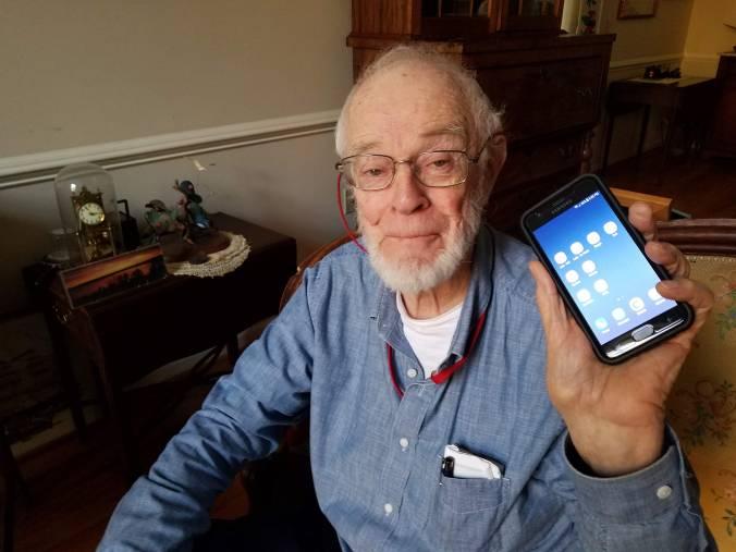 Jerry phone.jpg