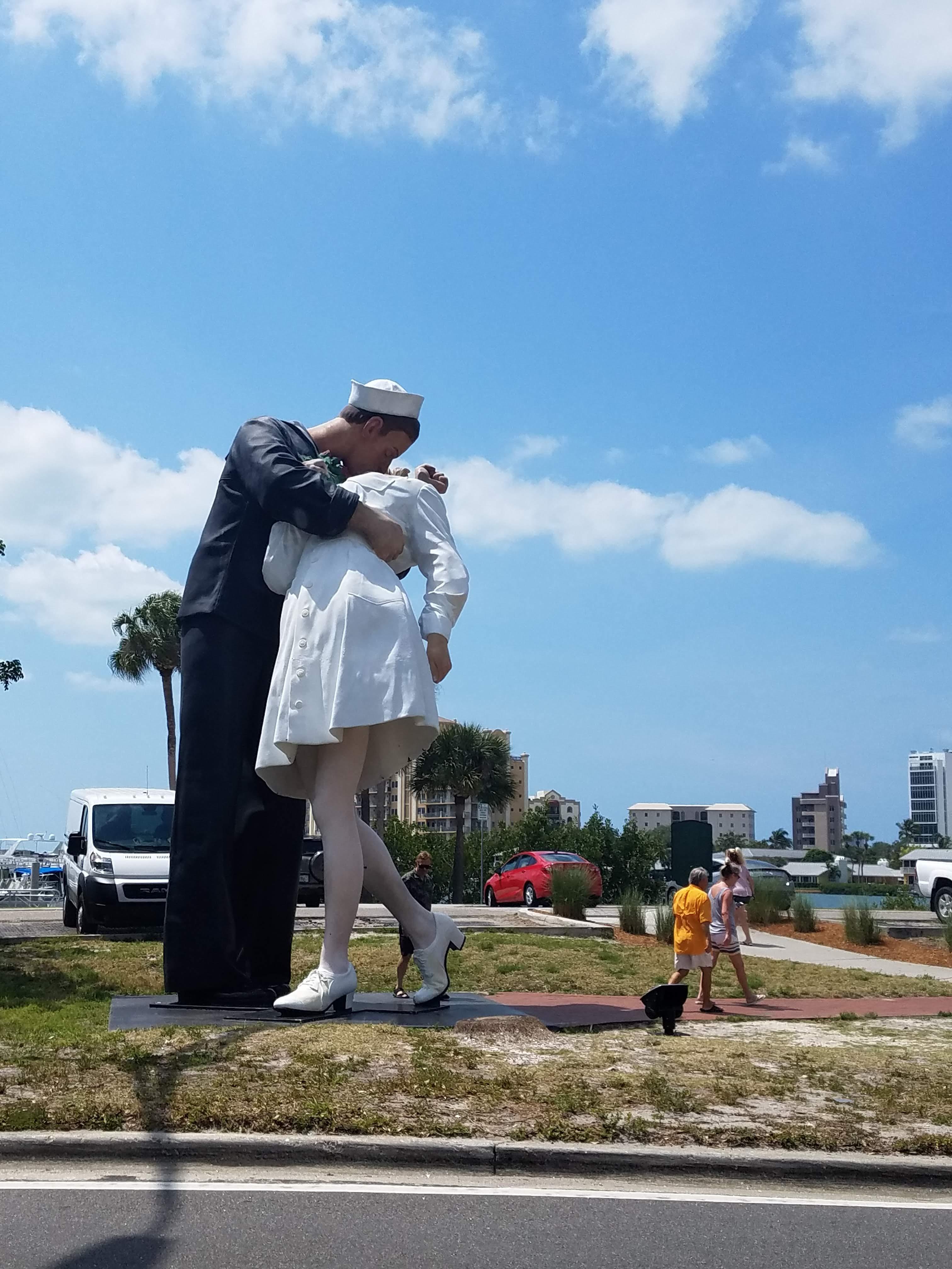 giant statue.jpg